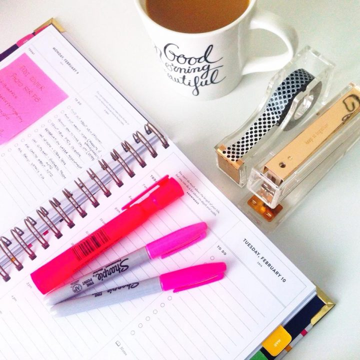 Morning routines: Coffee + ToDoList + Emails